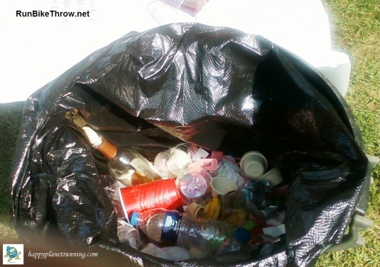 Vines 2017 - mixed trash can