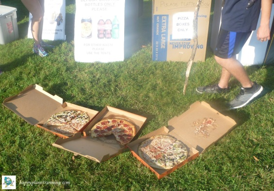 DWD Hell 2017 - Lots of uneaten wasted pizza