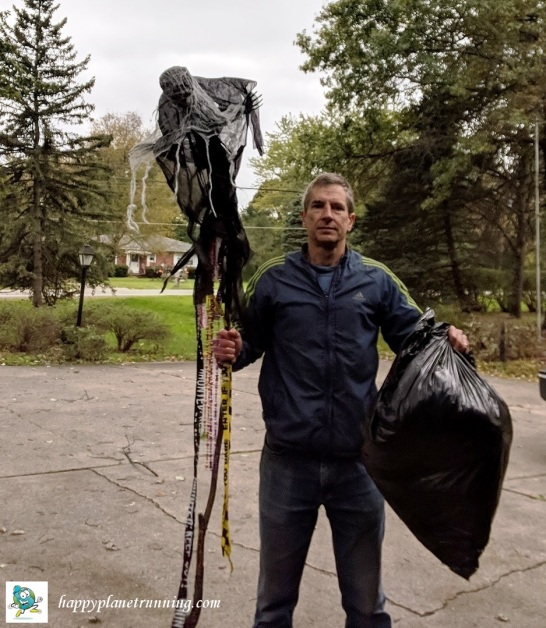 RSR 2018 - Scary single bag of trash