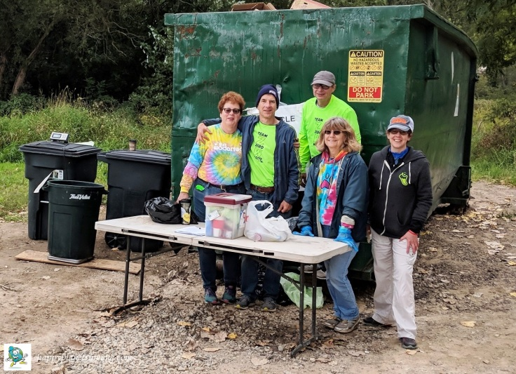 Run Woodstock 2018 - Sunday Zero Waste team photo at end