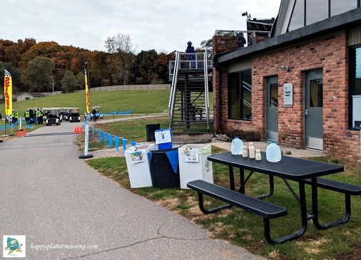 Hot Cocoa Classic 2018 - Waste station by start line