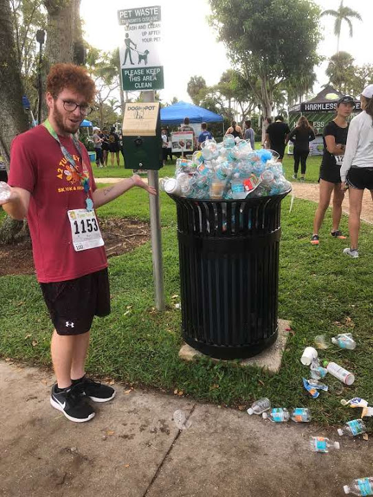 Palm Beach Turkey Trot - Sam next to trash can