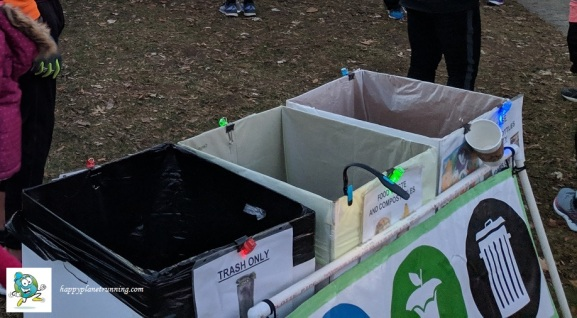 Holiday Hustle 2018 - Zero Waste station with lights