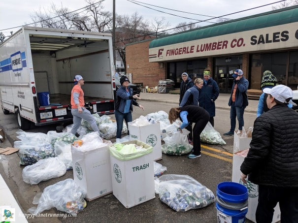 A2 Marathon 2019 - Staff sorting aid station bags