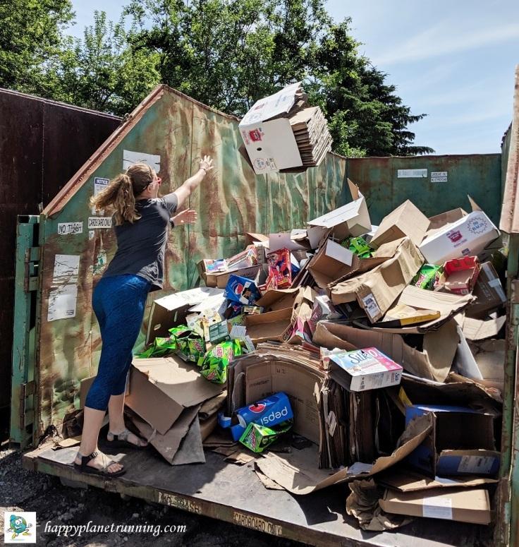 Oberun Ypsi 2019 - Robin at WWRA tossing cardboard