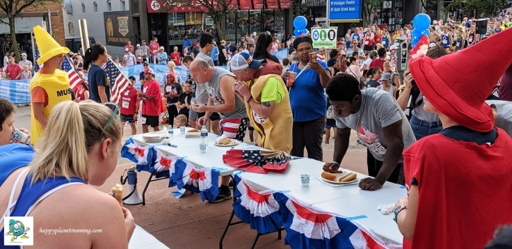 Firecracker 5K 2019 - Hot dog eating contest