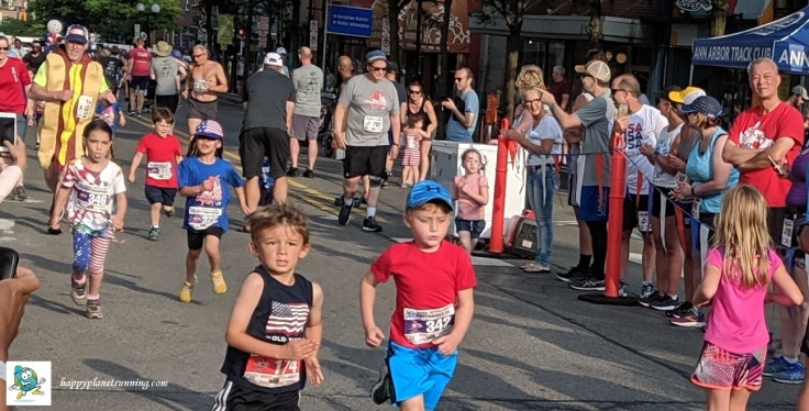 Firecracker 5K 2019 - Kids with Larry in background