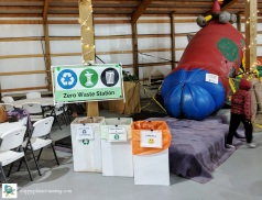 Go Apples 2019 - Waste station near inflatables area