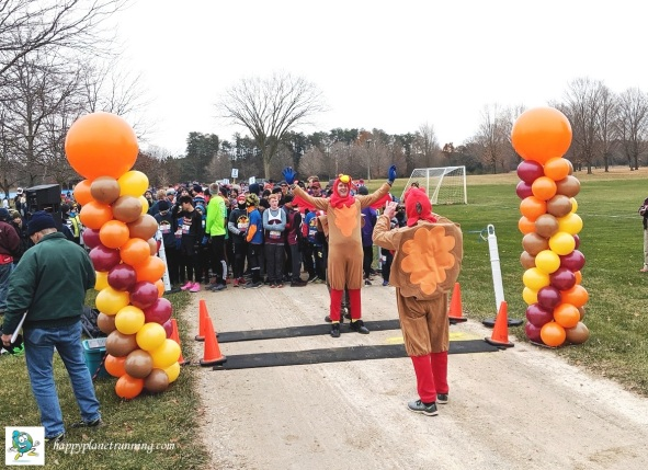 A2 Turkey Trot 2019 - Turkey mascot at starting line